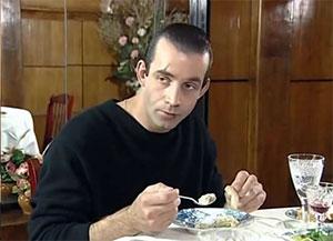 Дмитрий Певцов в образе адвоката Сергея Челищева