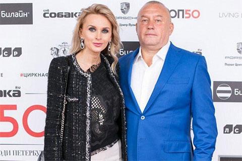 Александр Ефимов с супругой, светской львицей Лилией Ефимовой