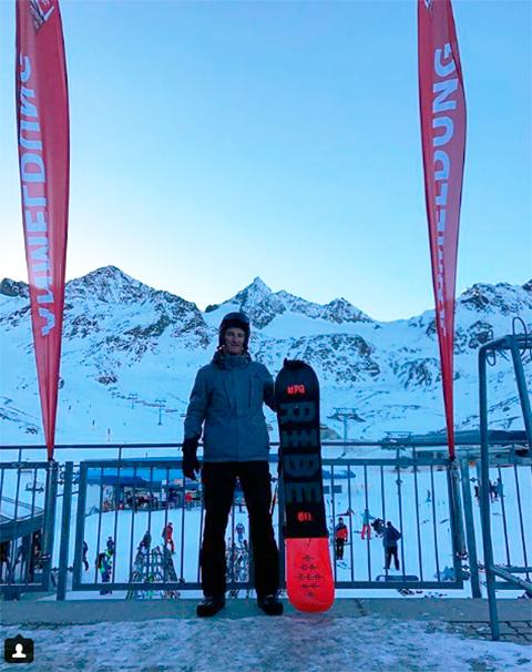 Сын миллиардера на роскошном горнолыжном курорте в Альпах