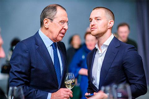 Министр иностранных дел Сергей Лавров с зятем Александром Винокуровым
