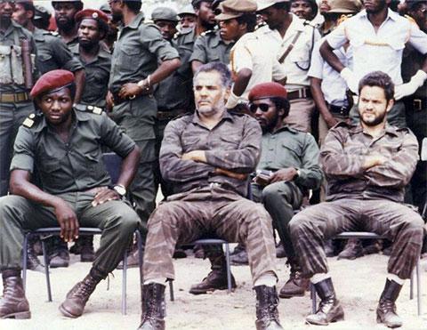 Военные в Анголе
