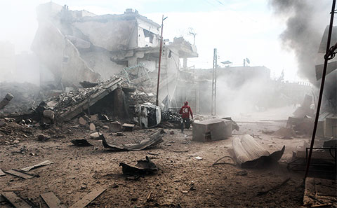 Последствия авиаударов в городе Дума