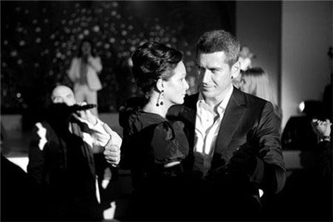 Зиявудин и Ольга Магомедовы на приёме, устроенном SummaGroup (саммит АТЭС-2012 во Владивостоке)