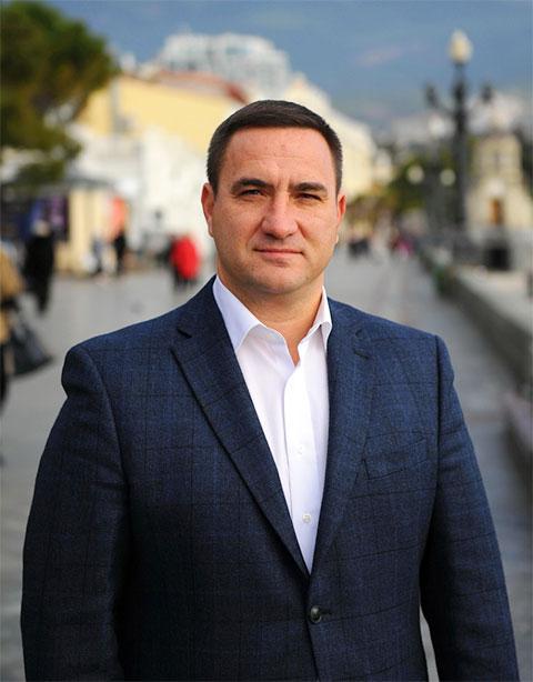 Андрей Ростенко