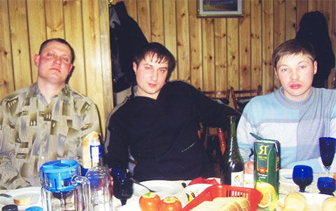 Справа: Владислав Телкин - Телыч