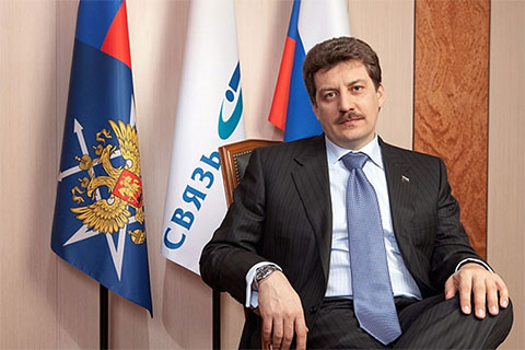 Назначение Евгения Юрченко губернатор Александр Гусев публично назвал «ошибкой» — Юрченко не смог привлечь в регион обещанные инвестиции
