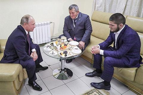Президент встретился со спортсменом и его отцом на международном форуме «Россия — спортивная держава» в Ульяновске