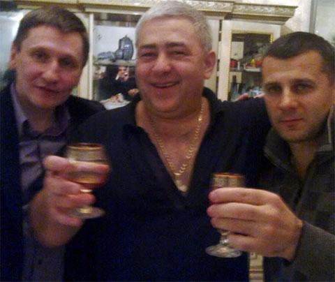 Слева воры в законе: Александр Кушнеров (Саша Кушнер), Владимир Жураковский (Вова Пухлый) и Гела Кардава