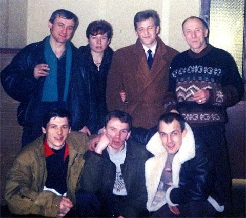 Слева вверху: 1) Кондрашов, 2) Елена Вайда, 3) Малый, 4) Владислав Шуськин (Комиссар); внизу: 1) Ящишин, 2) Владимир Клещ (Щавлик)