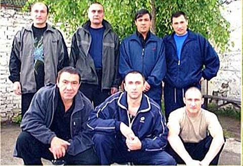 Внизу слева: Сергей Васильченков, 2007 год