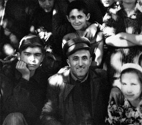 Слева: Ислам Каримов в молодости
