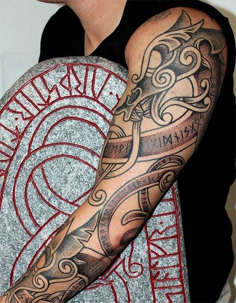 Скандинавская татуировка дракон (фото)