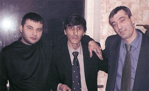 Слева воры в законе: 1) Алексей Бычков (Ленчик Рязанский), 3) Олег Михаэлян (Олег Ашхабадский)
