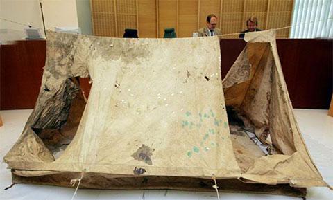Палатка, в которой убили детей на озере Бодом