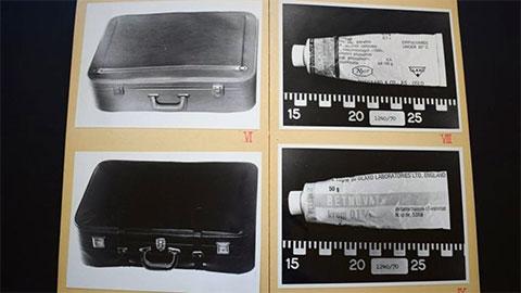 Два чемодана и крем от экземы, обнаруженные полицией на вокзале Бергена