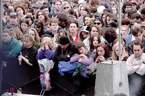 Похороны Курта Кобейна фото