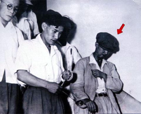 Арест Садиши Хирасавы в своем родном городе Отару (Хоккайдо), 1948 года
