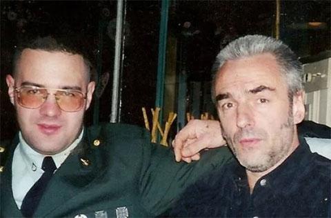 Справа: криминальный авторитет Георгий Стоянов с сыном