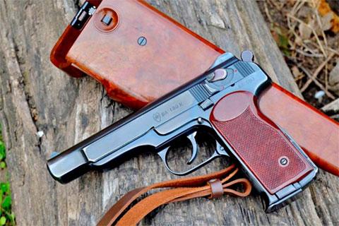 Травматический пистолет Стечкина фото