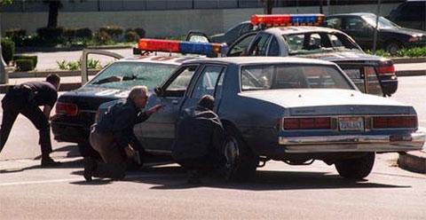 Полиция во время перестрелки в Северном Голливуде