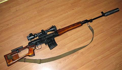 Снайперская винтовка драгунова с глушителем