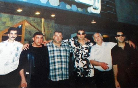 Слева воры в законе: Годжа Ясамальский, Мамед Масаллинский, Сеймур Нардаранский, Эльдар Алиев (Али Забратский), Чингиз Ленкоранский (Седой) и Ровшан Ленкоранский