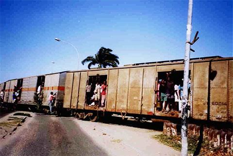Железная дорога в Анголе