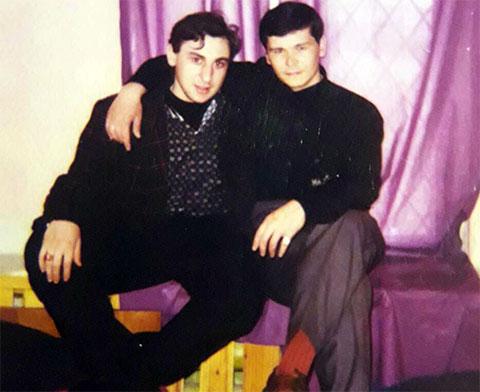 Слева воры в законе: Эдуард Габелая (Цуцуна) и Дамир Тимургалеев (Дамир Уфимский)