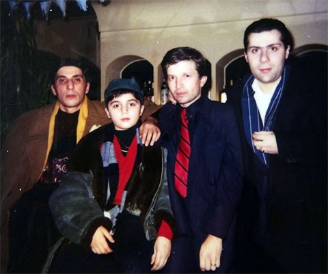 Слева: 1) Константин Калашян (Котик), 2) Георгий Калашян, 3) Ило Цанава, 4) Валерий Фаризов (Валера Тбилисский)