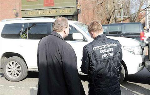 Сотрудники Следственного Комитета на месте убийства Ильгара Джабраилова (Данабаш)