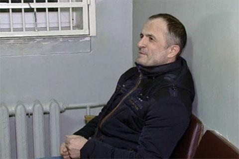 Махач Азизов