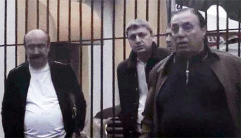 Слева: Ильгар Алиев (Данабаш), Юсиф Алиев (Юсуф Шамхорский), Аслан Усоян (Дед Хасан)