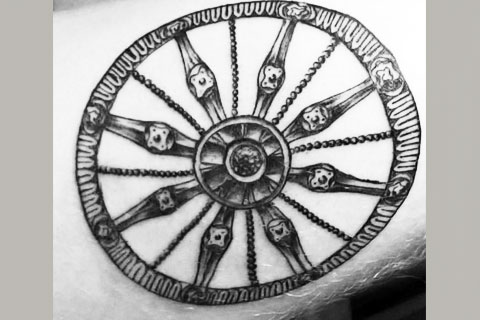 Эскиз тату колесо