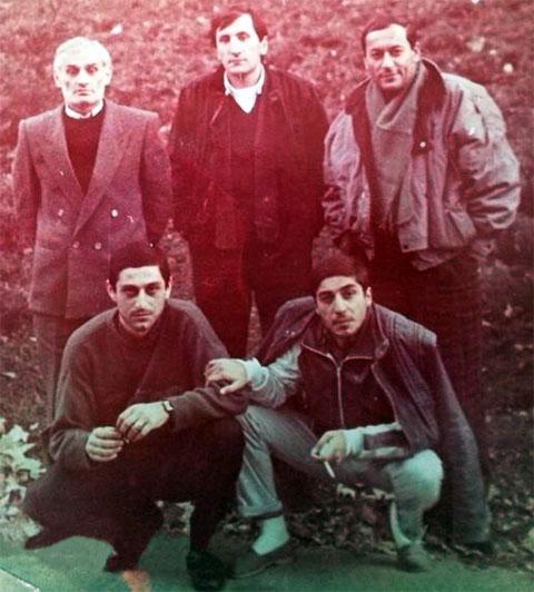 Воры в законе. Вверху слева: Анзор Баджелидзе (Цыпо), Вахо Шелегия (Отвертка), Таер Авдалян; внизу слева: Дато Джапаридзе, Константин Калашян (Котик)