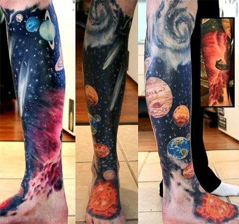 Тату космос на ноге