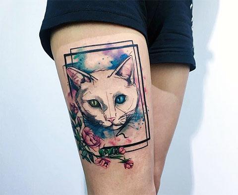 Тату кошка на ноге для девушек - фото