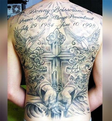 Тату православный крест на спине