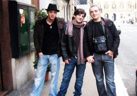 В центре: вор в законе Владимир Джанашия (Ладо) в Италии