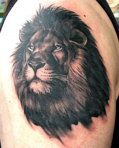Тату лев на руке для мужчин - фото