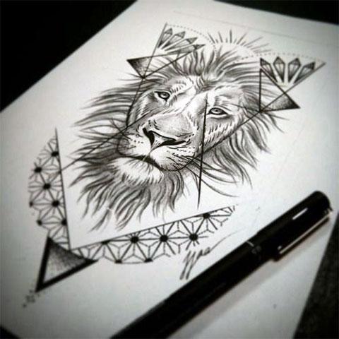 Эскиз тату льва для девушки на бедре