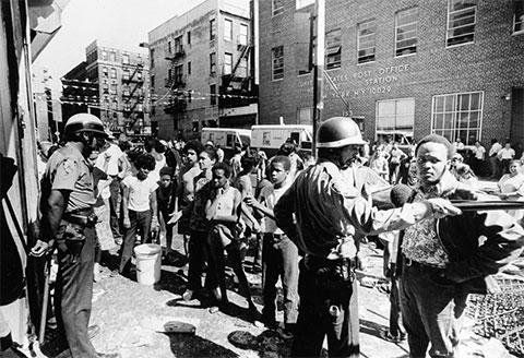 Гарлем утром 14 июля 1977 года