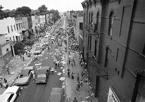 Бруклинская улица утром 14 июля 1977 года