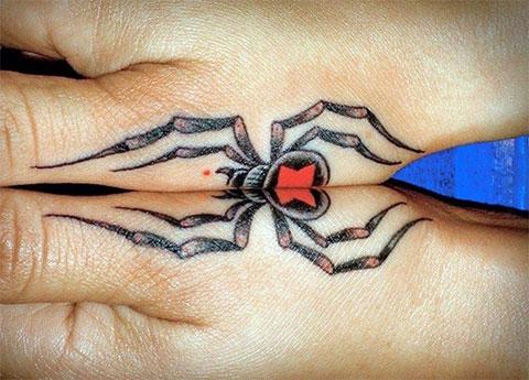 Парная татуировка с пауком