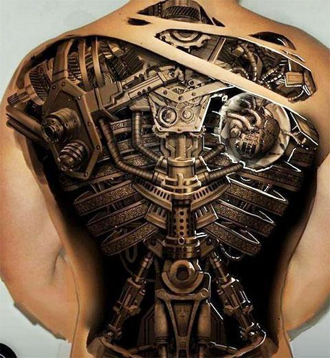 Мужская татуировка биомеханика на спине