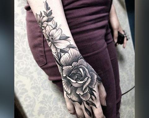 Тату цветы на руке
