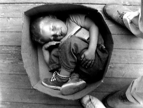 Мальчик в коробке: самый загадочный труп ребенка