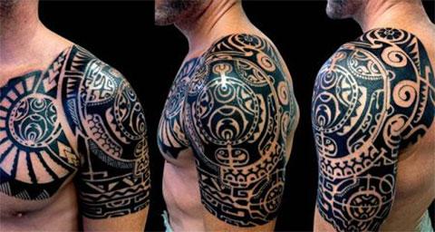 Мужская тату с кельтскими узорами на плече