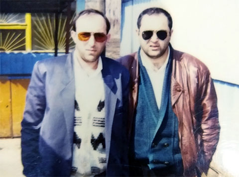 Слева воры в законе: Нодар Штаманетян (Нодар Армавирский) и Мухамед Петов (Миша Черкес)