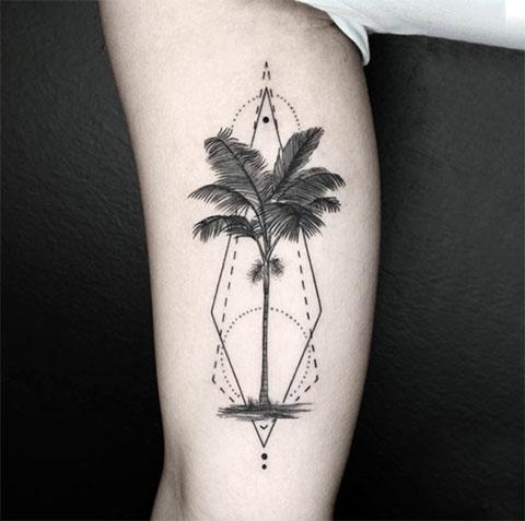 Тату пальма на руке - фото