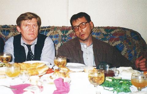 Слева воры в законе: Владимир Баркалов (Блондин) и Важа Биганишвили (Важа Тбилисский)